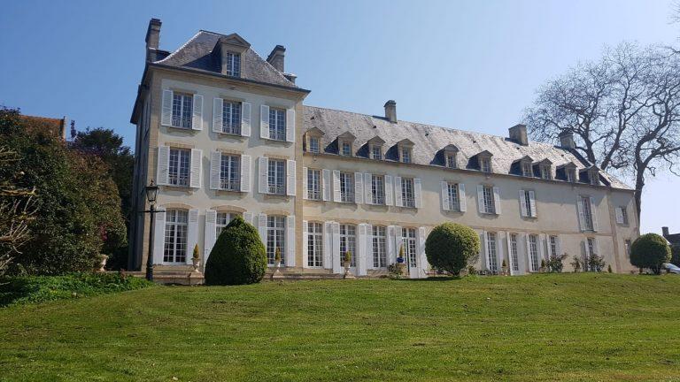 Château de Baffy (Gites de groupe & centres de vacances)